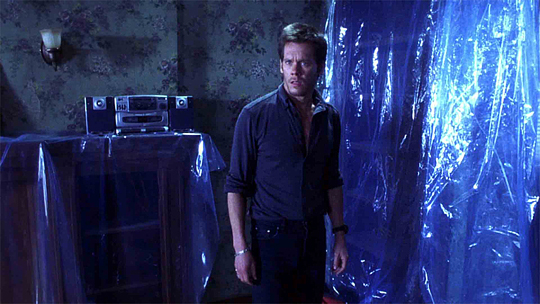 "Kevin Bacon in ""Echoes"""