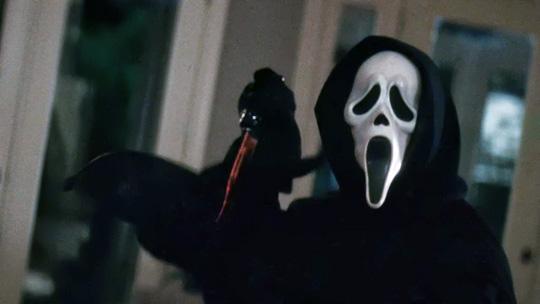 So kennen wir Ghostface: unberechenbar und tödlich.