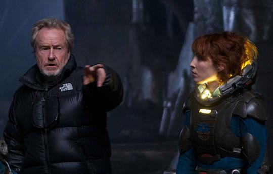 Wohl nicht mehr dabei: Noomi Rapace neben Scott am Prometheus-Set