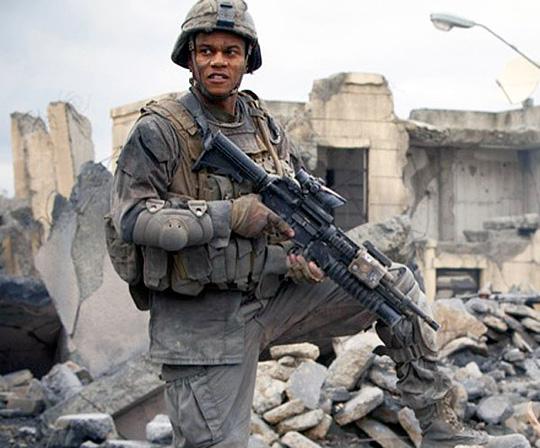 "An der Front: Cory Hardrict in ""World Invasion: Battle Los Angeles"""