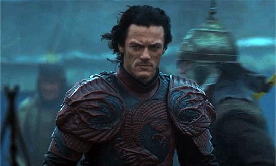 """Luke Evans lässt in """"Dracula Untold"""" der Blutsauger-Mythos auferstehen"""