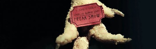 American Horror Story: Freak Show – Poster zur vierten Staffel: Bühne frei für die Attraktionen