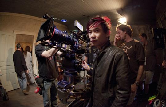 James Wan während der Dreharbeiten zu seinem Horror-Blockbuster