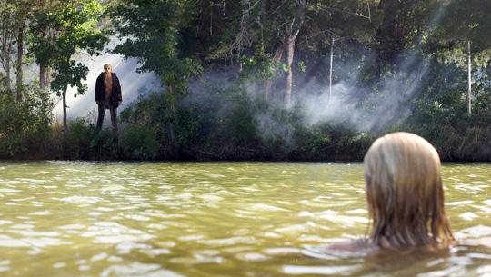 Jason lauert auf neue Opfer: Hier in Freitag, der 13. (2009) von Paramount Pictures