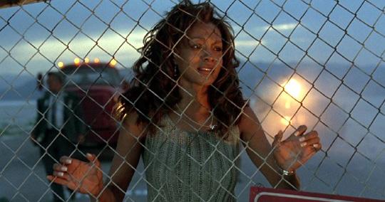 Ein Bild der Zerstörung: Vivica A. Fox im ersten Film