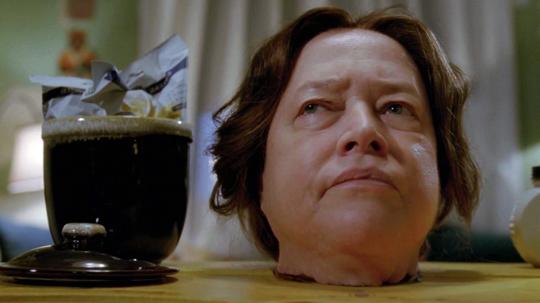 Kathleen White in der Rolle als Archivarin gefickt