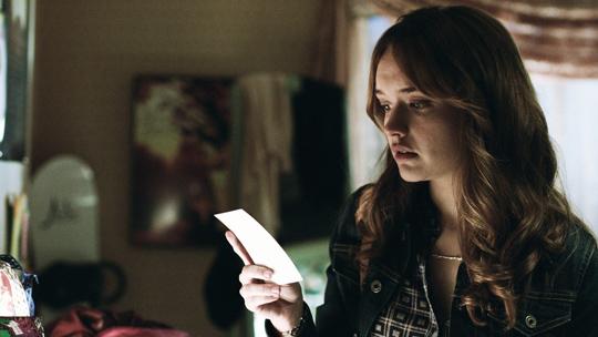 """Olivia Cooke muss nach """"Ouija"""" erneut um ihr Leben fürchten. ©Universal Pictures"""