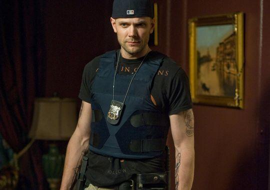 """Joel McHale in """"Erlöse uns von dem Bösen"""". ©Sony Pictures"""