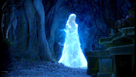 """Laura Brent in """"The Chronicles of Narnia 3"""""""