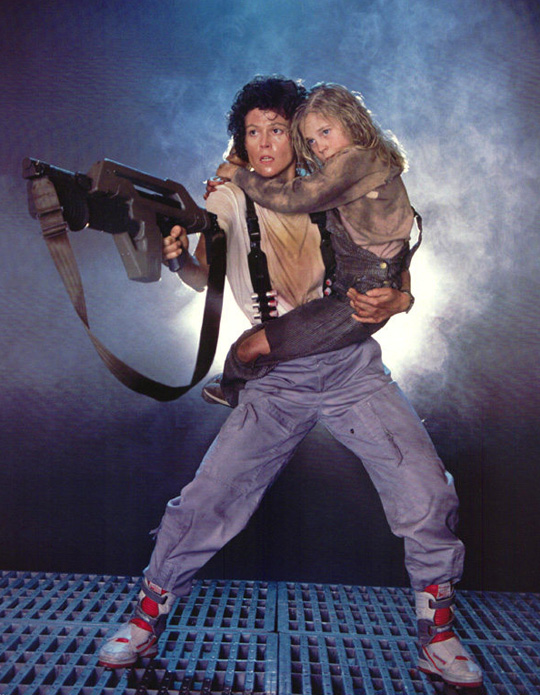aliens-lobby-cards-photobusta