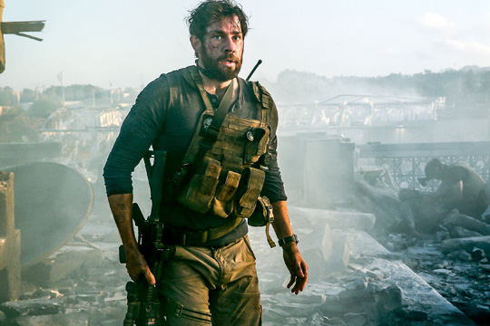 """John Krasinski (""""13 Hours: The Secret Soldiers of Benghazi"""") gehört mit zur Besatzung."""