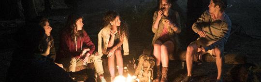 Dead of Summer – Ein Killer geht um: Unheimliche Lagerfeuer-Geschichten in Slasher-Preview