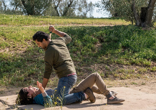 fear-the-walking-dead-episode-207-travis-curtis-935