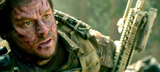 "Mark Wahlberg in ""Lone Survivor"". ©Universum Film"