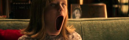 Ouija: Ursprung des Bösen – Offizieller deutscher Trailer beschwört ruhelose Geister