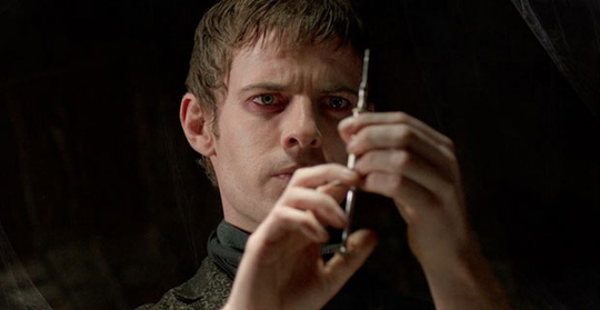 "Harry Treadaway in ""Penny Dreadful"""