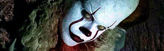 Stephen King's ES – Horror-Clown Pennywise lauert in der Kanalisation: Neues Filmbild