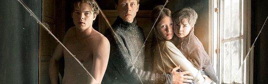 Marrowbone – Ein Geist in der Familie: Erster Trailer vom Das Waisenhaus-Team