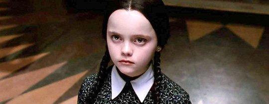 Wednesday – Offiziell: Tim Burton dreht Addams Family-Serie für Netflix!